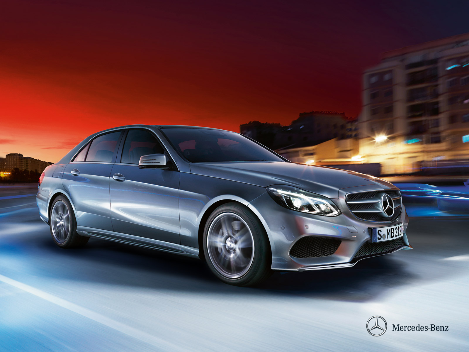 mercedes-benz-e-class-saloon-w212_wallpaper_02_1600x1200__03-2013